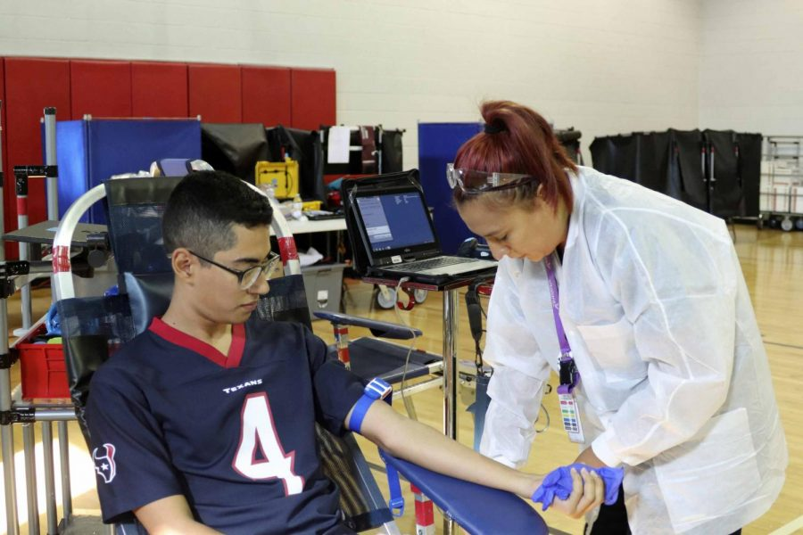 Blood drive hosted at school